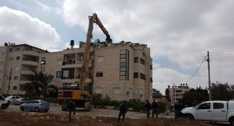 الاحتلال يهدم منزلا في شعفاط بحجة عدم الترخيص