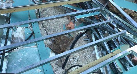 بلدية الإحتلال تجبر المواطن بسام عبيدات على هدم منزله