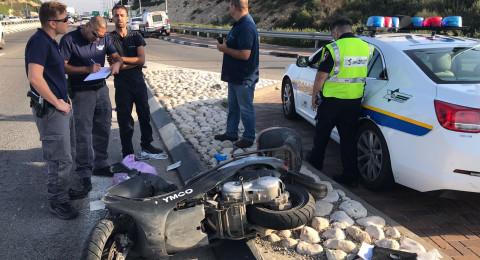 اصابة بالغة في حادث اصطدام بين شاحنة ودراجة نارية بالقرب من سومخ