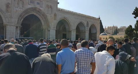 40 الف مواطن أدوا صلاة الجمعة في المسجد الاقصى