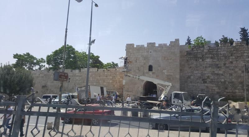 الشرطة الاسرائيلية تنصب كاميرات حديثة على مداخل الاقصى