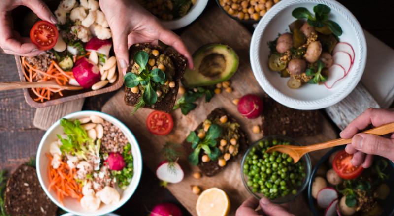 ماذا يحدث لجسمك عندما تكون نباتيا؟