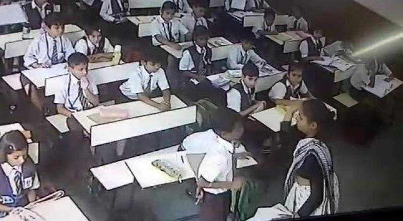 بالفيديو: صفعت تلميذها 40 مرة في دقيقتين… والسبب!