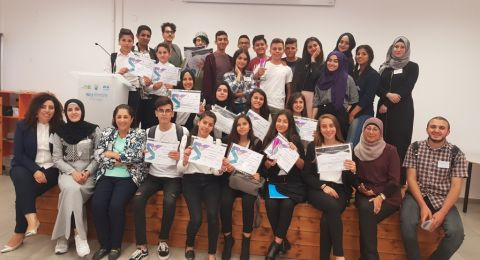 الناصرة: طلاب ثانوي د. خالد سليمان يشاركون في يوم مناظرات هام
