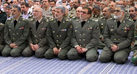 وزير الدفاع الإيراني: لا يمكن لأي قوة خارجية تهديد إيران عسكريا