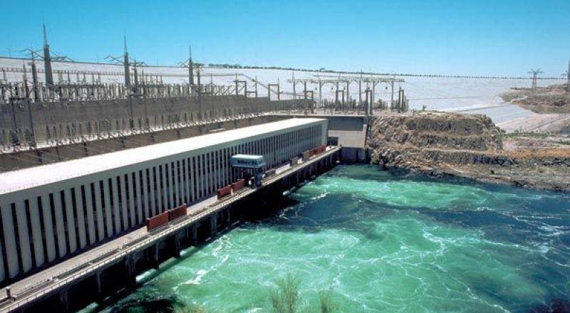 مصر.. انفجار يهز محطة كهرباء سد أسوان العالي