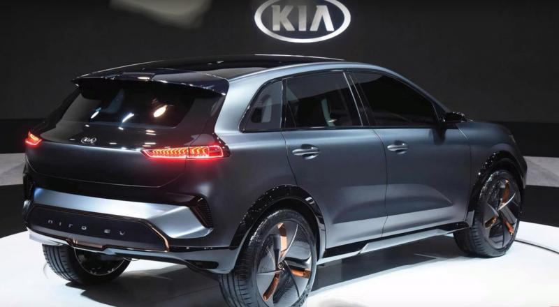 كيا تدخل عالم السيارات الكهربائية بتحفة تقنية جديدة