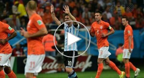 الارجنتين الى نهائي كأس العالم