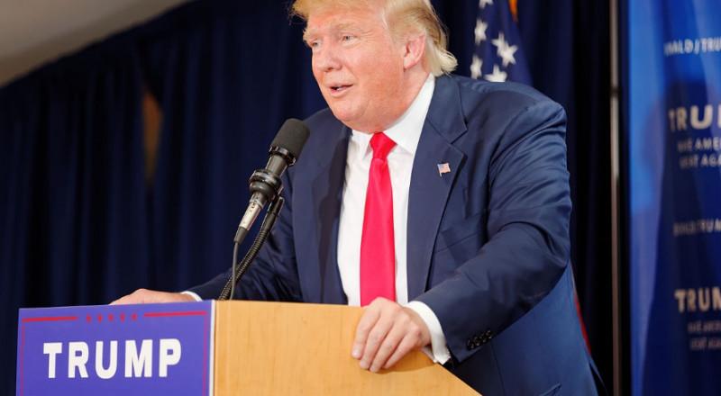 ترامب سيرسل مبعوثا رفيعا لإنعاش المفاوضات بين