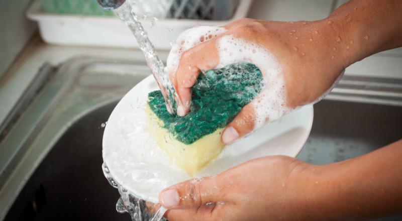 نصيحة لاستبدال إسفنجة المطبخ أسبوعيًا
