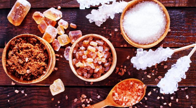 الإفراط في تناول السكر يزيد خطر الإصابة بالاكتئاب لدى الرجال