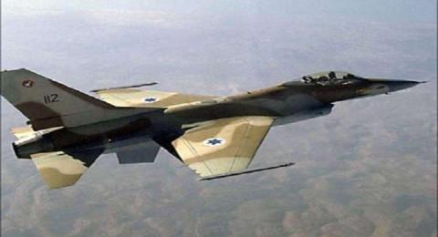 الجيش السوري يصيب طائرة اسرائيلية ويسقط عدد من الصواريخ