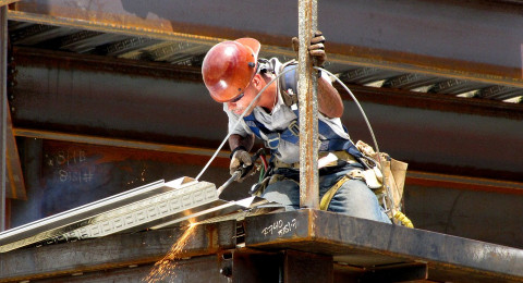 خبر محزن لعمّال البناء: أنتم معرّضون لهذا النوع من السرطان