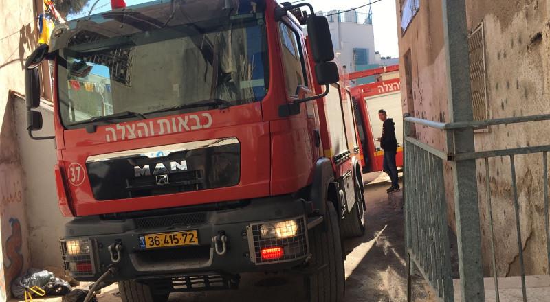 القدس: تماس كهربائي يؤدي الى نشوب حريق داخل شقة سكنية