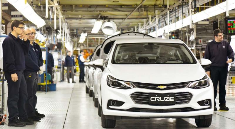 شركة ضخمة تتوسع في إنتاج السيارات ذاتية القيادة