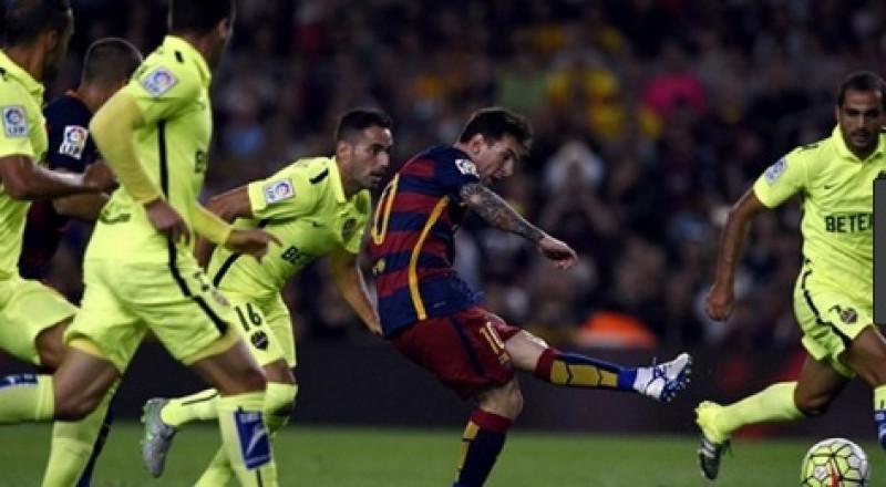 برشلونة يواصل الانتصارات بثلاثية في شباك ليفانتي