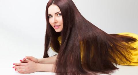 حيلة بسيطة ستزيد كثافة شعرك في ثوان