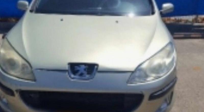 ضبط سيدة عربية تقود سيارتها ورخصتها مسحوبة منذ 12 عامًا