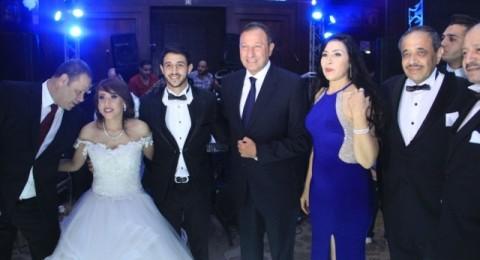 محمد منير وهشام عباس وسط نجوم كرة القدم