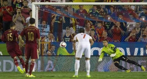 اسبانيا تضرب بقوة في بداية مشوار التصفيات الاوروبية وتتغلب على مقدونيا بخماسية