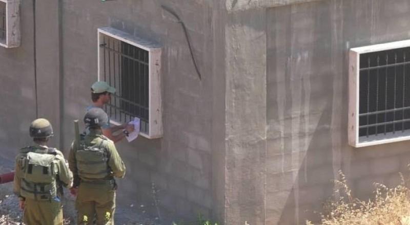 اخطارات بوقف البناء في 11 منزلا شرق بيت لحم