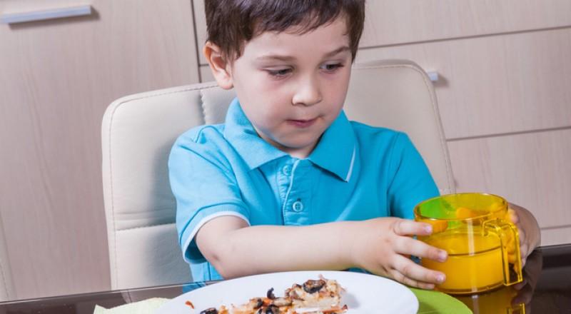 تحضير الوجبات المحببة للاطفال بشكل صحي