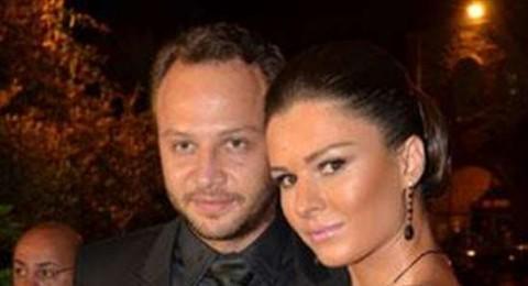 مكسيم خليل: لن اهدي لزوجتي وردة عيد الحب