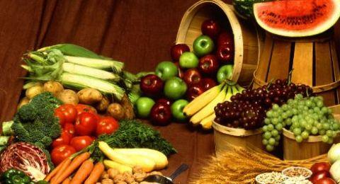10 أطعمة تساعد على الوقاية من السرطان