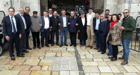 وفد المتابعة يجتمع بالقيادات الوطنية والدينية في القدس ويقوم بجولة في القدس