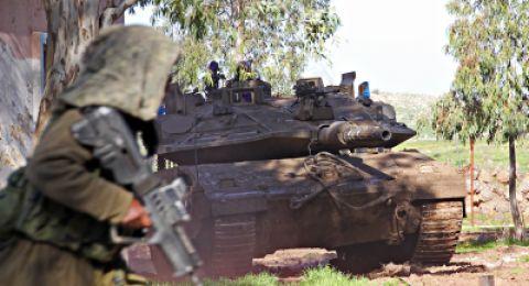 مصرع جندي إسرائيلي وإصابة 3 آخرين بانقلاب دبابة بالنقب
