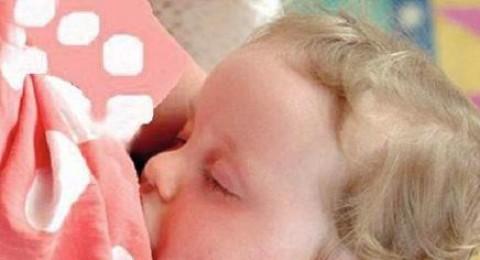 الرضاعة الطبيعية تحد من المشاكل السلوكية لدى الأطفال