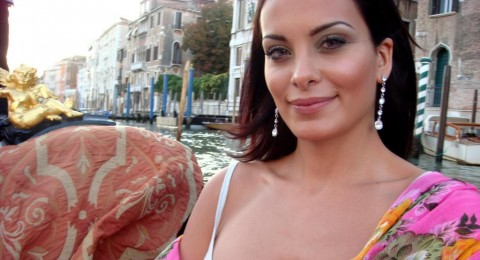 دومينيك تعرض قصرها في النمسا للبيع بـ10ملايين يورو