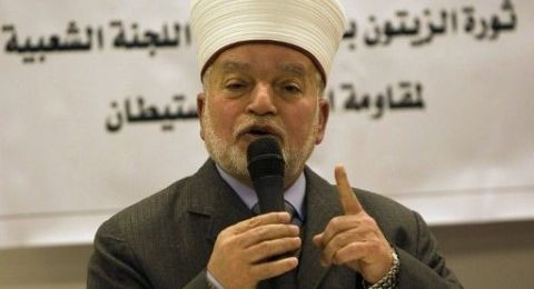 المفتي يؤكد تحريم تسهيل تمليك القدس وأرض فلسطين للأعداء