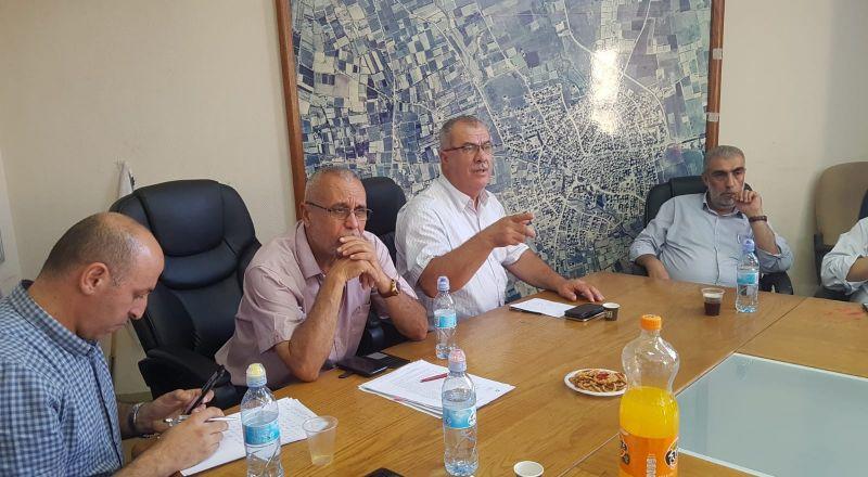 قلنسوة: اجتماع طارئ لمناقشة جرائم الهدم