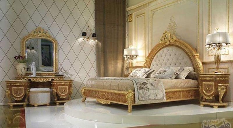 غرف نوم كلاسيك باللون الذهبي لمزيدٍ من الفخامة المنزلية