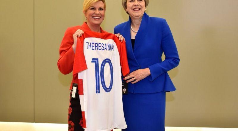رئيسة كرواتيا تقدم هدايا قيمة لترامب وماي