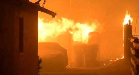 كاليفورنيا: حريق هائل يؤدي الى مقتل 10 اشخاص واشتعال 1500 مبنى
