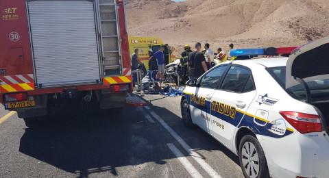 النقب: حادث طرق بالغ، واصابة بالغة لسيدتين