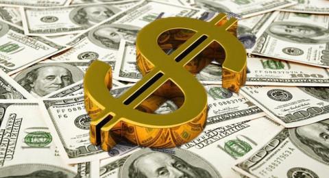 روسيا تلجأ لشراء المزيد من الذهب خوفاً من الدولار