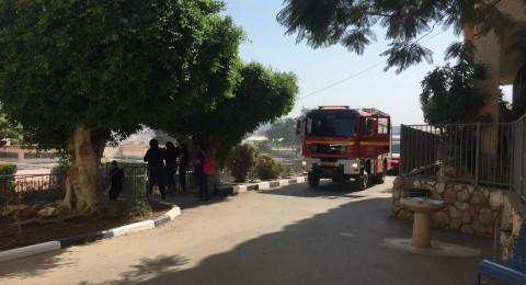 حريق في مدرسة بطمرة