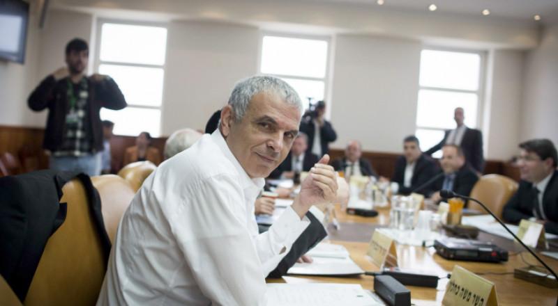 وزير المالية يُعدّ مخطّطًا لتخفيض الضرائب