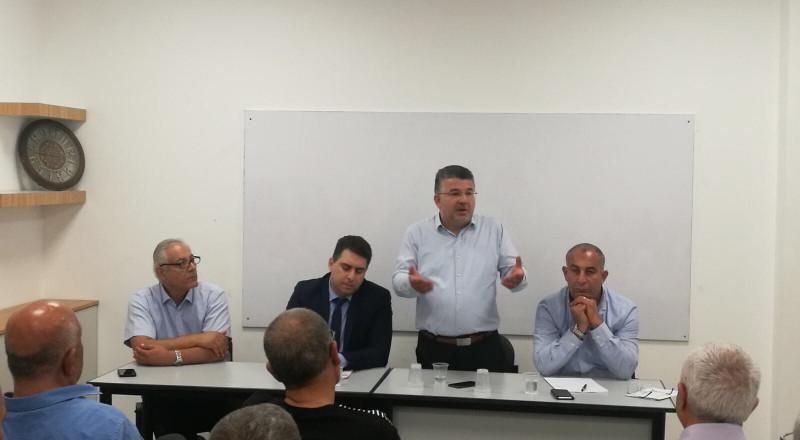 في ندوة بالرملة: جبارين وناصر يحذران من بدء تطبيق قانون كامينيتس بنهاية الشهر الجاري