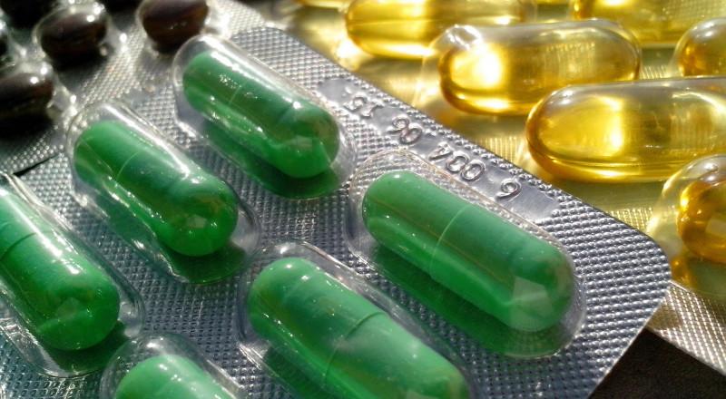 اتبع هذه النصائح عند تناول الأدوية .. من أجل سلامتك
