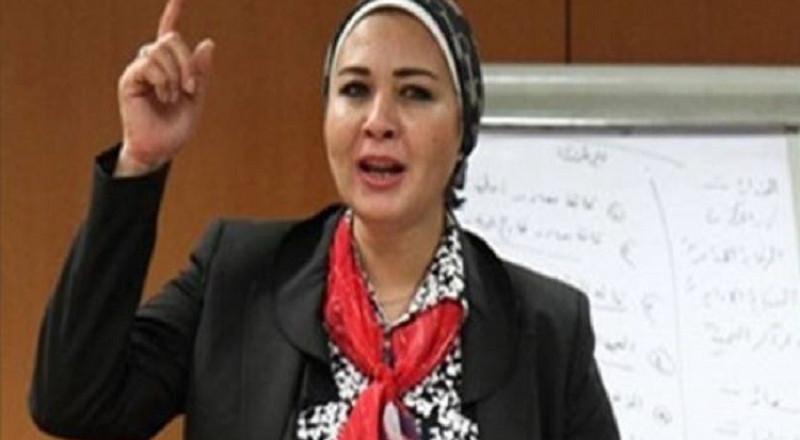 برلمانية مصرية تطالب بإخصاء المتحرشين