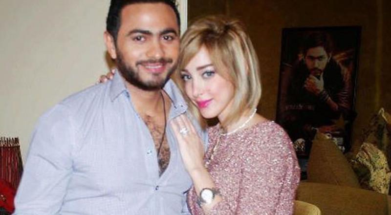 استمعوا إلى الدويتو الذي جمع تامر حسني وبسمة بوسيل قبل الزواج!