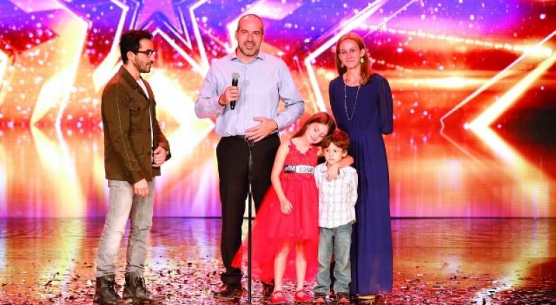 أحمد يطلب زوجته الى بيت الطاعة في Arabs Got Talent