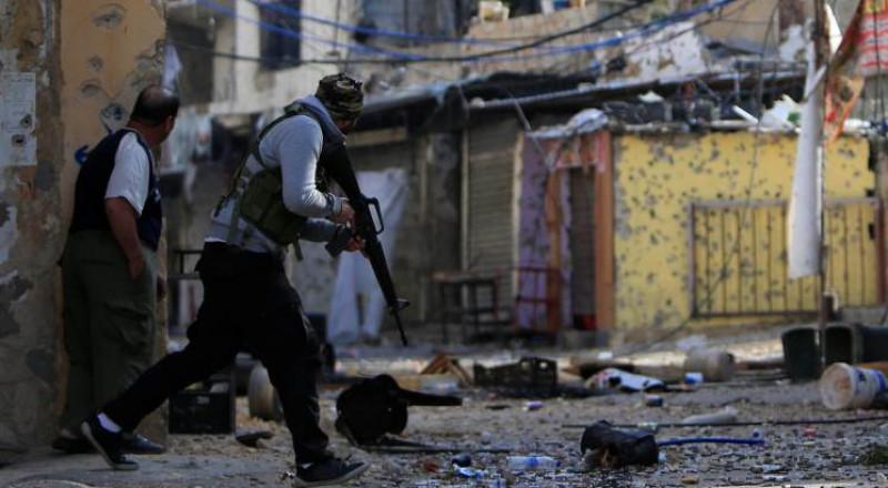 قوة فلسطينية تنتشر في مخيم عين الحلوة بجنوب لبنان وتنهي اشتباكات