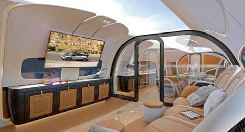 شركة إيطالية تصمم أول طائرة ركاب بسقف شفاف