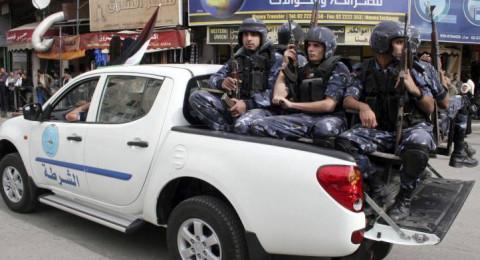 الشرطة الفلسطينية: سنعتقل كل من يتاجر بالألعاب النارية