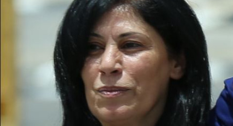 إسرائيل تحوّل النائب خالدة جرار الى الاعتقال الاداري